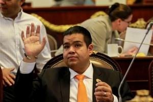 Pide PRD sancionar a autoridades que retengan presupuesto para estados