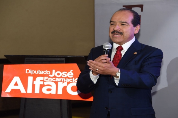 Destaca el diputado Encarnación Alfaro acuerdos para la aprobación de Constitución y leyes secundarias en la CDMX