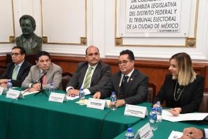 Firma ALDF y Tribunal Electoral convenio de colaboración