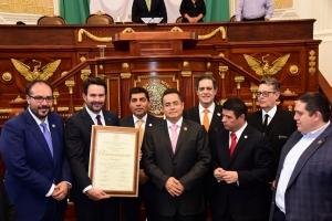 Celebra ALDF 100 años de Excélsior