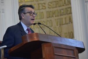 Pide Suárez del Real que comerciantes informales no sean desalojados de plazas hasta que se garantice su reubicación