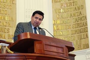 Diputado del PAN anuncia leyes contra fraudes cibernéticos