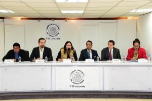 Urge Néstor Núñez a garantizar la diversidad sexual en CDMX