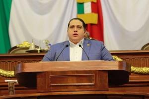 El gobierno federal abandona a más de 300 alumnos de la escuela primaria María Curie en Benito Juárez tras el sismo, denuncia el diputado Luis Mendoza
