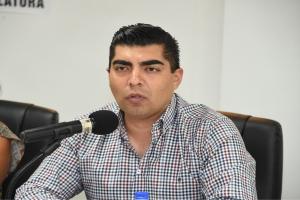 """""""Importante regular auto hoteles y moteles en la ciudad"""": Carlos Candelaria"""