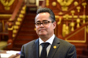 Presentará Luna iniciativa de Ley de Turismo Social