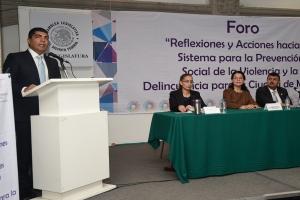Fomentar valores sociales ayudará a erradicar violencia y delito: Candelaria