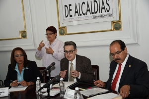 Derechos de pueblos y barrios originarios en CDMX deberán plasmarse en ley
