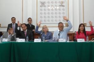 PODRÁN PAREJAS DECIDIR EL ORDEN DE LOS APELLIDOS DE SUS HIJOS