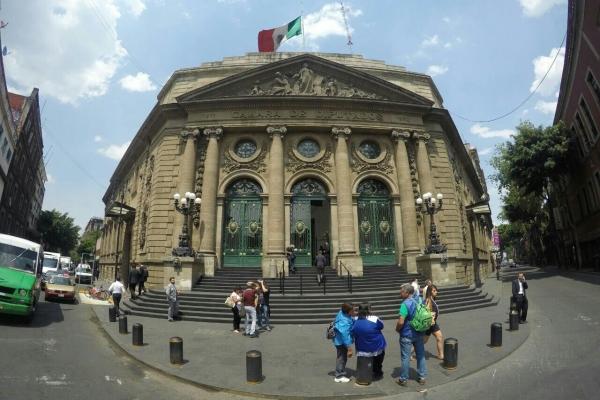 Busca ALDF rescatar la fachada del Teatro Lírico