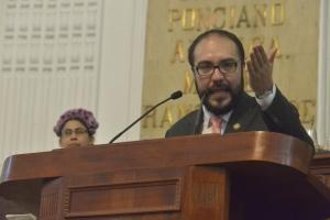 Constitución CDMX con letras de oro en ALDF: Toledo
