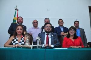 Aprueba Diputación Permanente que Comisión de Gobierno convoque a Periodo Extraordinario